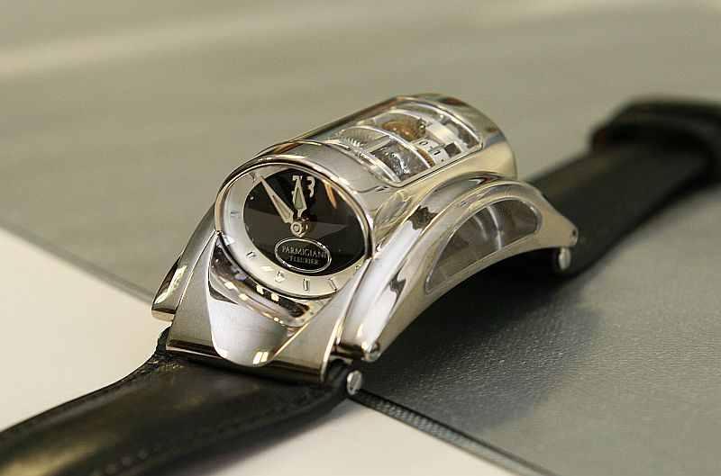 Ungewöhnliche Uhr – außergewöhnliches Werk